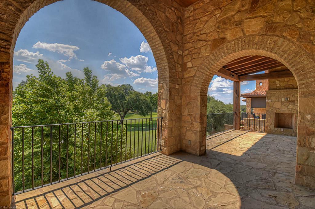 155 La Serena Loop Property Photo - Horseshoe Bay, TX real estate listing