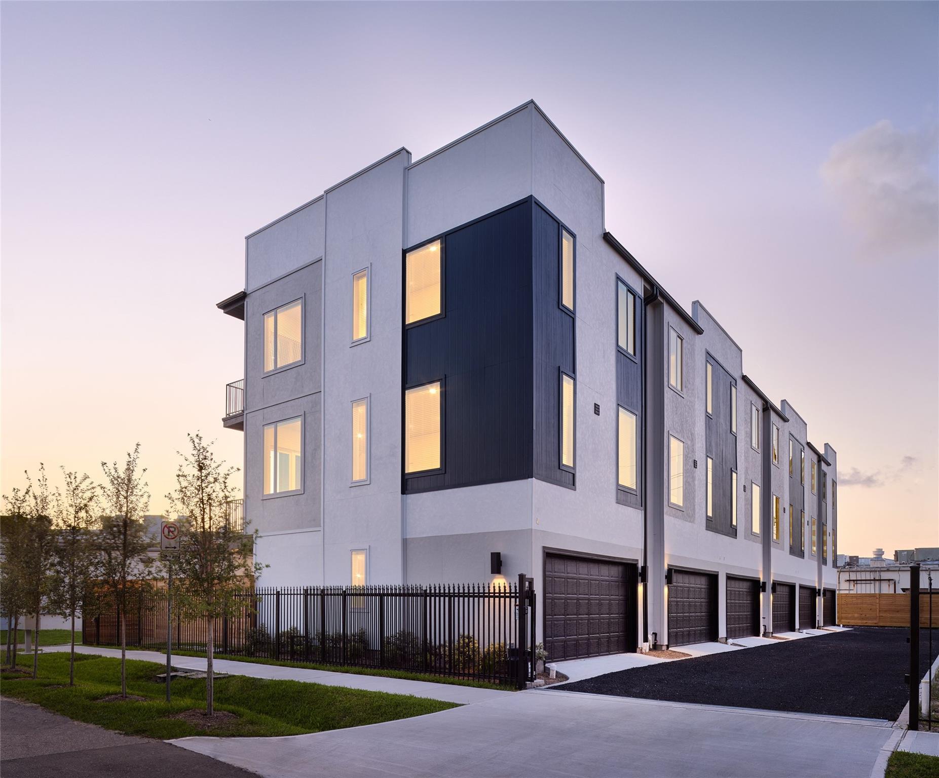 5916 Val Verde Street Property Photo