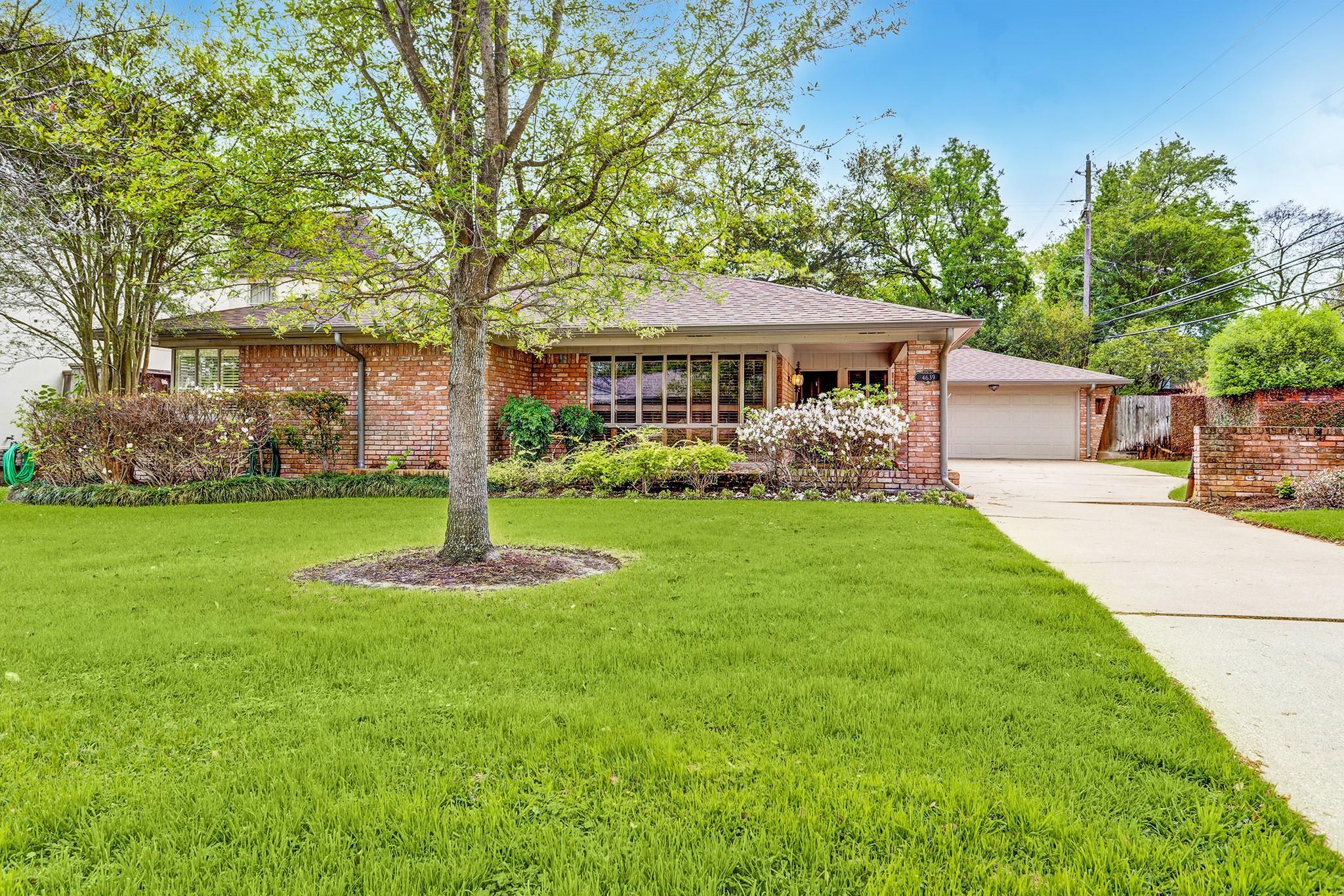 4639 Ivanhoe Street Property Photo - Houston, TX real estate listing