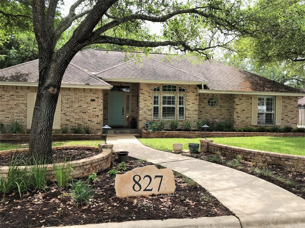827 Mission Hills Drive Property Photo - New Braunfels, TX real estate listing