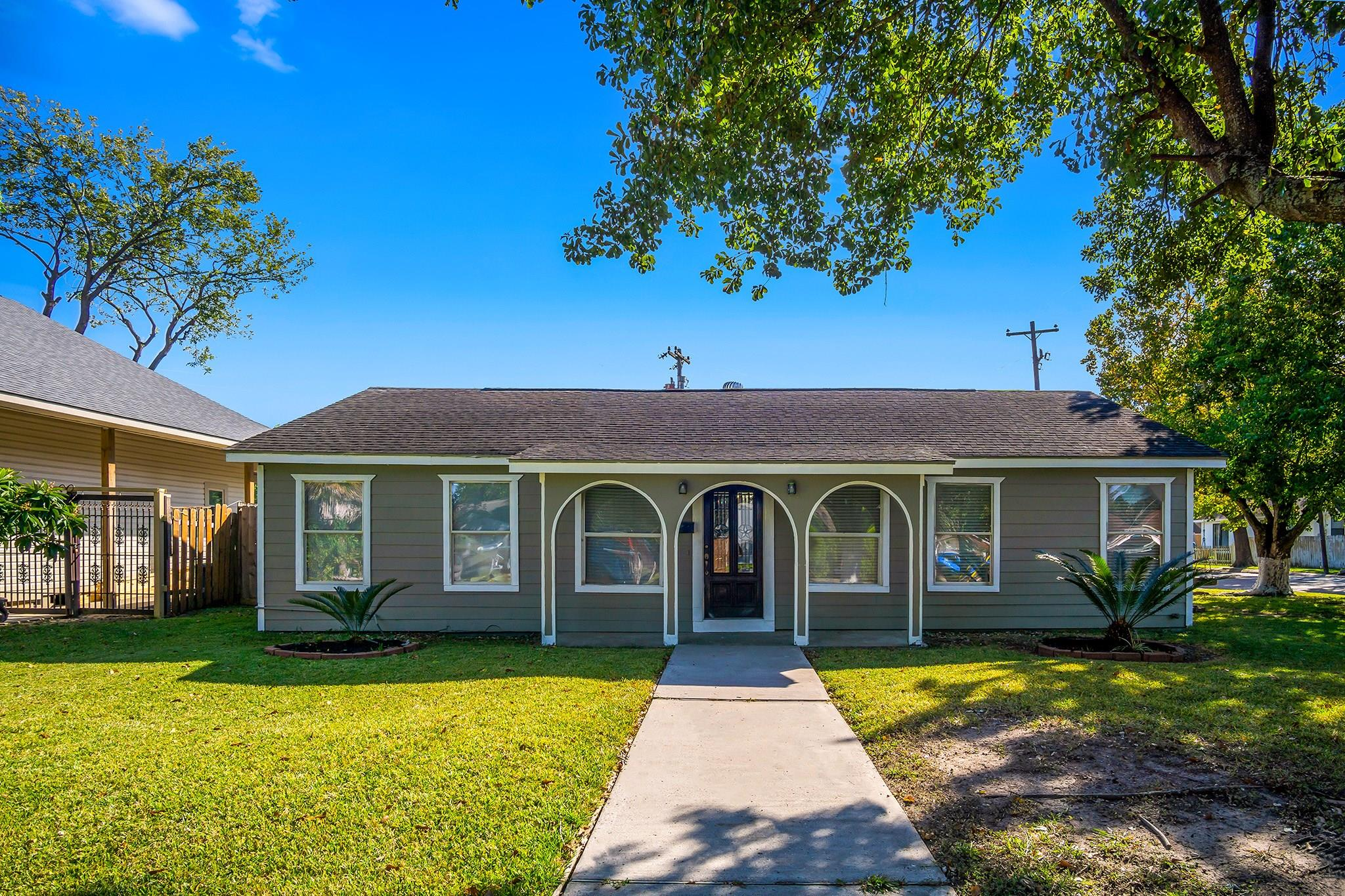 502 Live Oak Street Property Photo - Pasadena, TX real estate listing