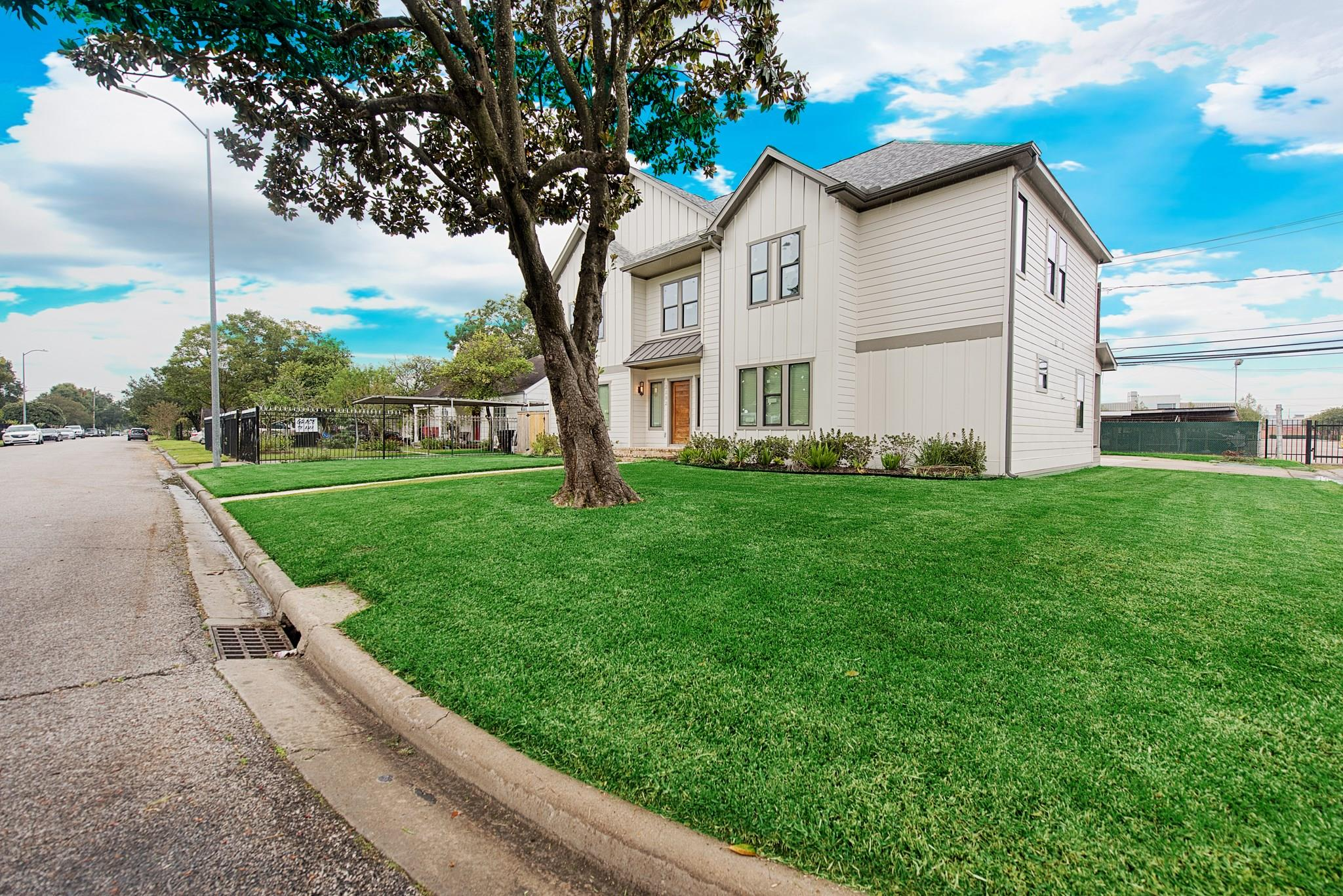 2102 Jean Street Property Photo - Houston, TX real estate listing