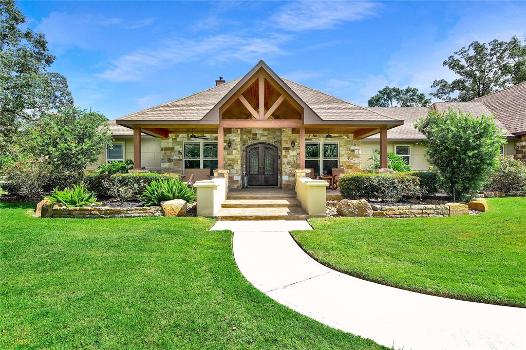 10133 Northridge Drive Property Photo - Conroe, TX real estate listing