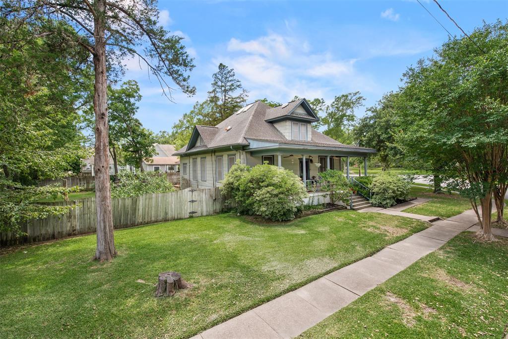 705 E 27th Street Property Photo - Bryan, TX real estate listing