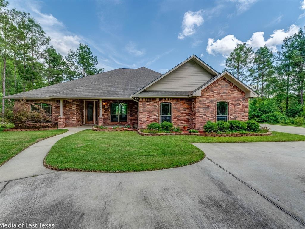 124 Register Court Property Photo - Lufkin, TX real estate listing