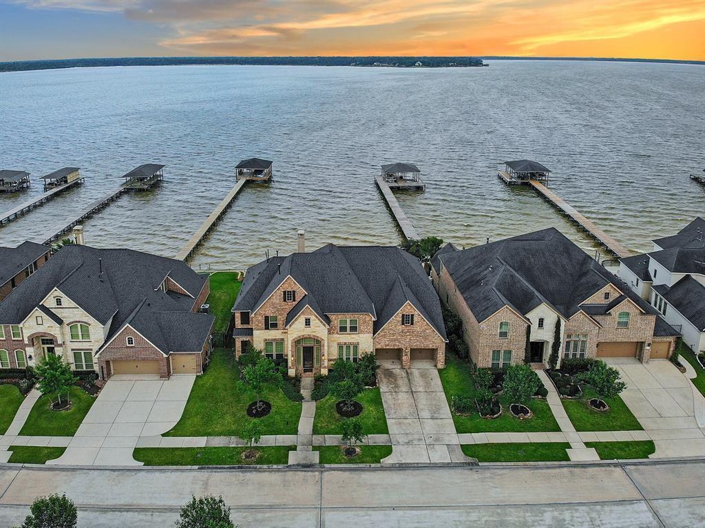 16206 Pelican Beach Lane Property Photo