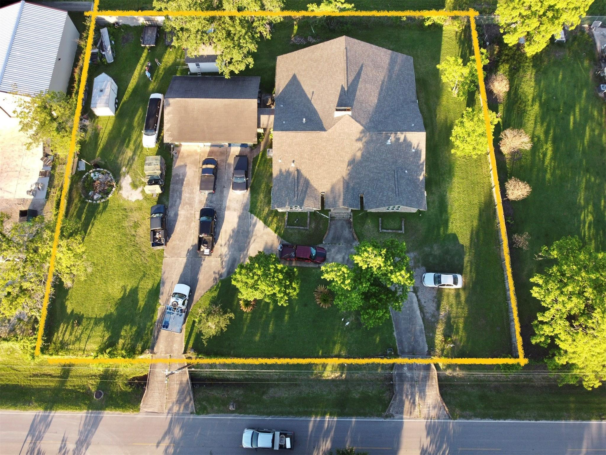 1009 Elsbeth Street Property Photo