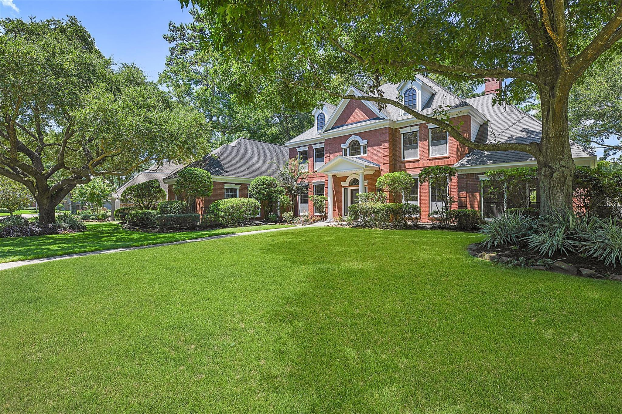 5527 Beaver Lodge Drive Property Photo - Kingwood, TX real estate listing