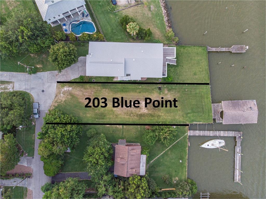 203 Blue Point Road Property Photo - Clear Lake Shores, TX real estate listing