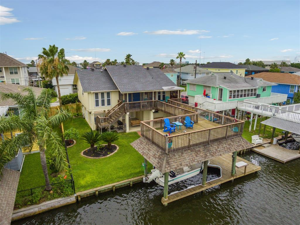 794 Marlin Street Property Photo - Bayou Vista, TX real estate listing