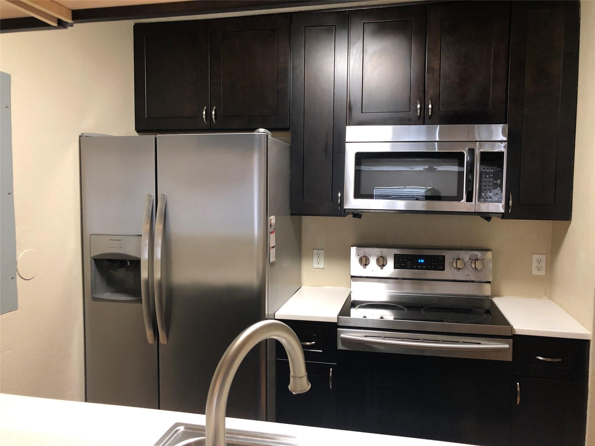 2310c99f Real Estate Listings Main Image