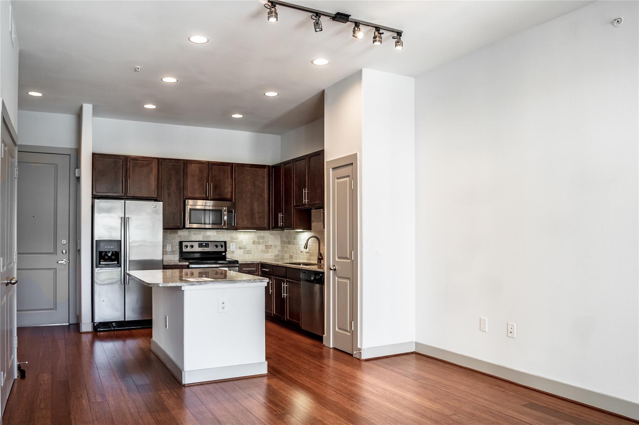 1616 W Dallas Street #307 Property Photo