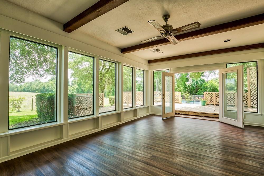 2209 Glenda Boulevard, Brenham, TX 77833 - Brenham, TX real estate listing
