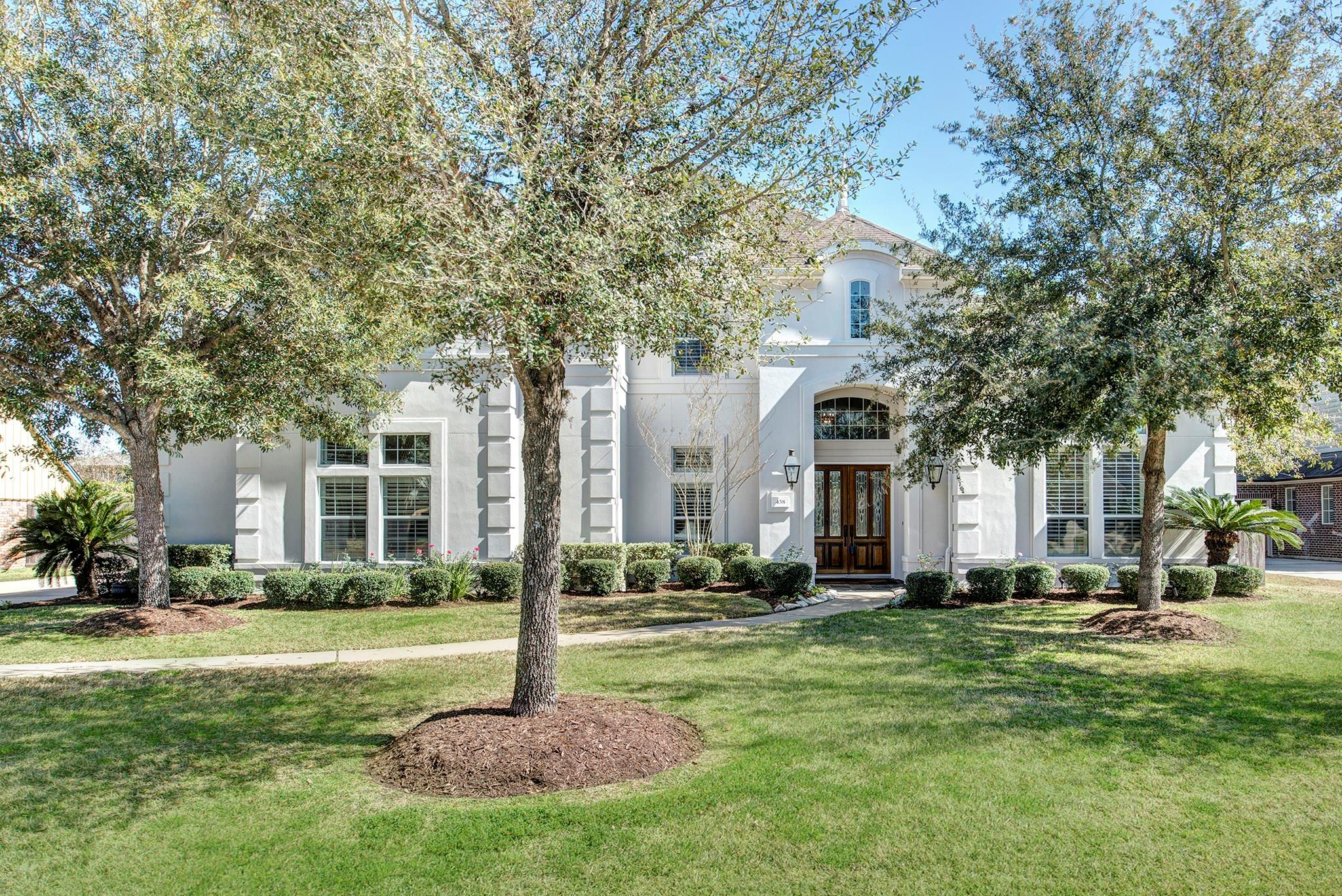 438 W Gaywood Drive Property Photo