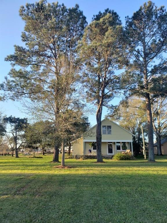 561 Trenckmann Rd, Sealy, TX 77474 - Sealy, TX real estate listing