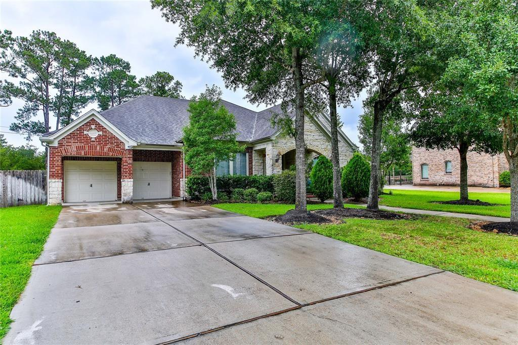 3429 Queensburg Lane Property Photo - Friendswood, TX real estate listing