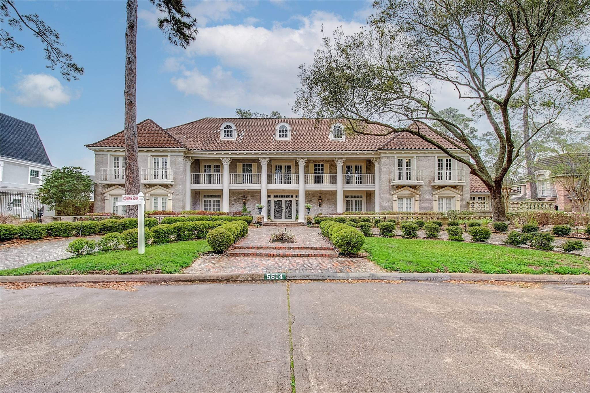 5614 Theall Road Property Photo