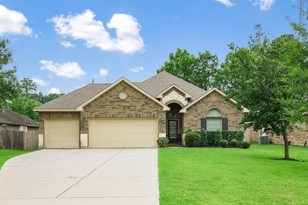 33311 Greenfield Forest Drive Property Photo - Magnolia, TX real estate listing