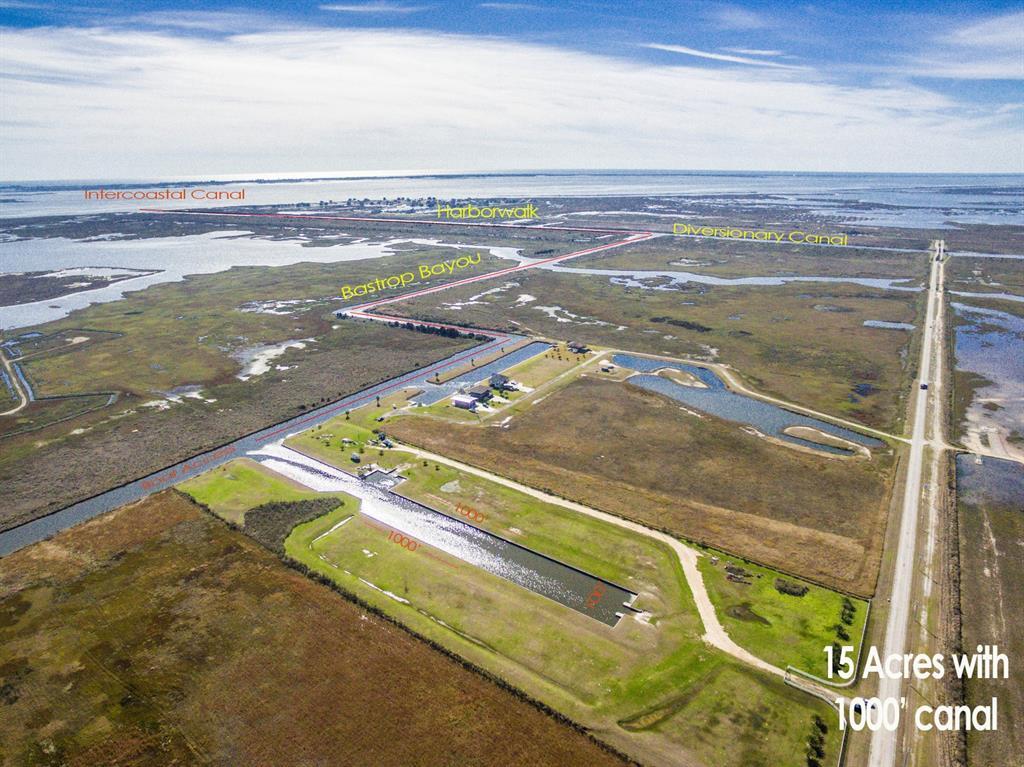 8225 Harbor Drive Drive, Hitchcock, TX 77563 - Hitchcock, TX real estate listing