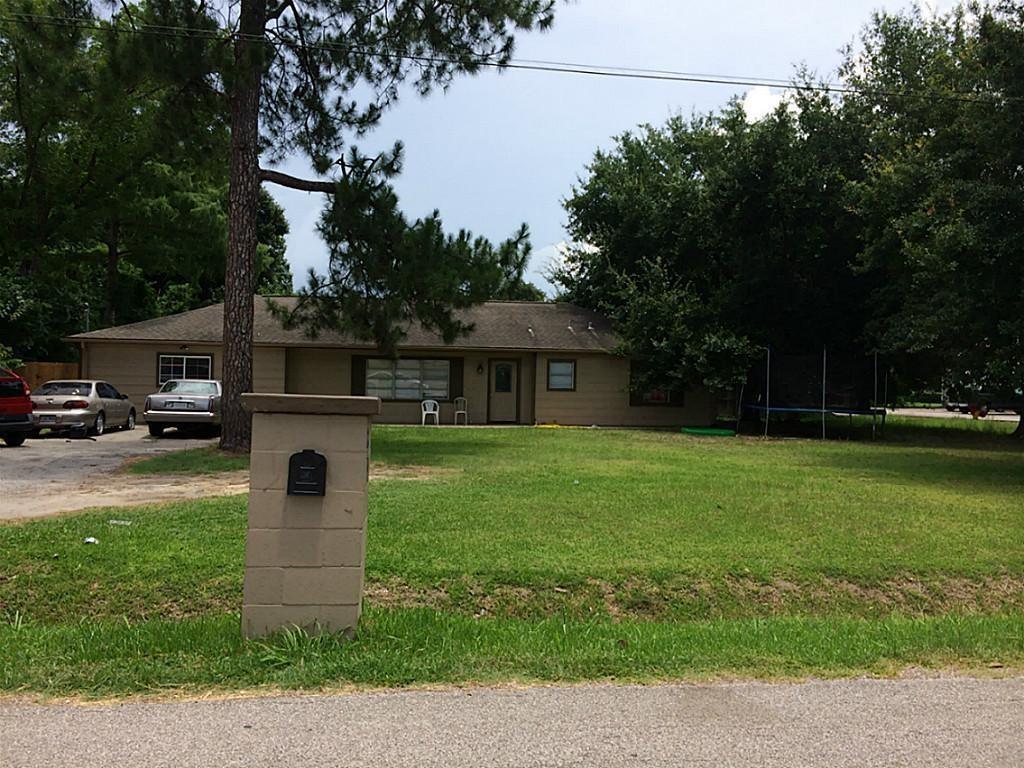 2202 Hoskins Drive Property Photo - Houston, TX real estate listing