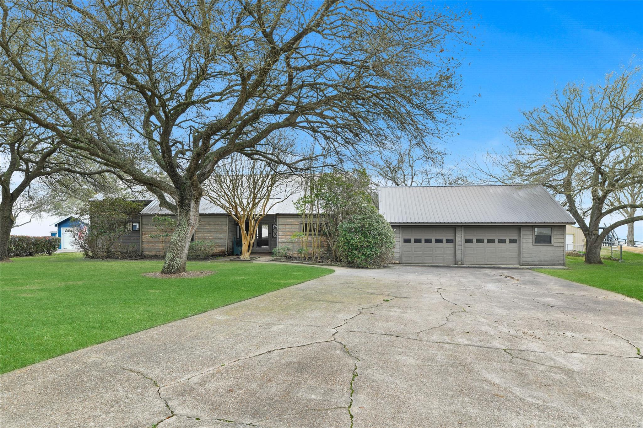 205 Mallard Point Property Photo 1