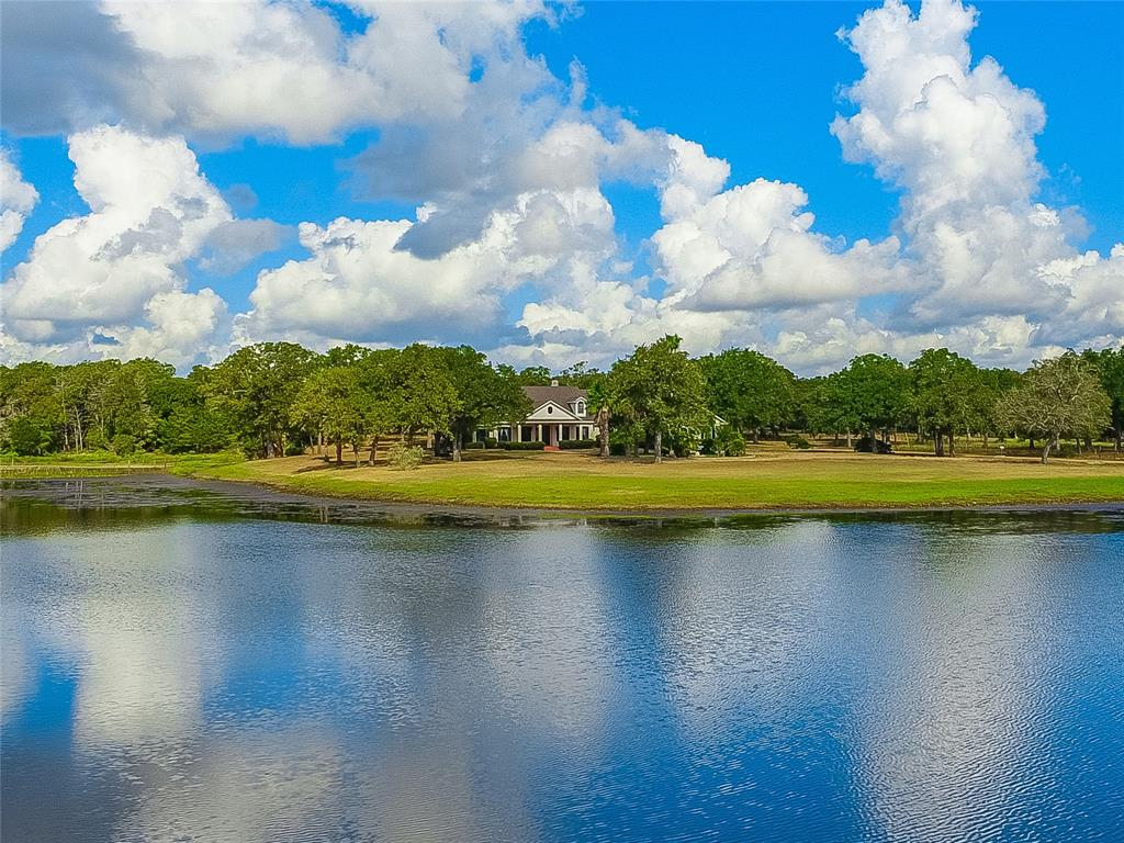392 Fm 2104, Smithville, TX 78957 - Smithville, TX real estate listing