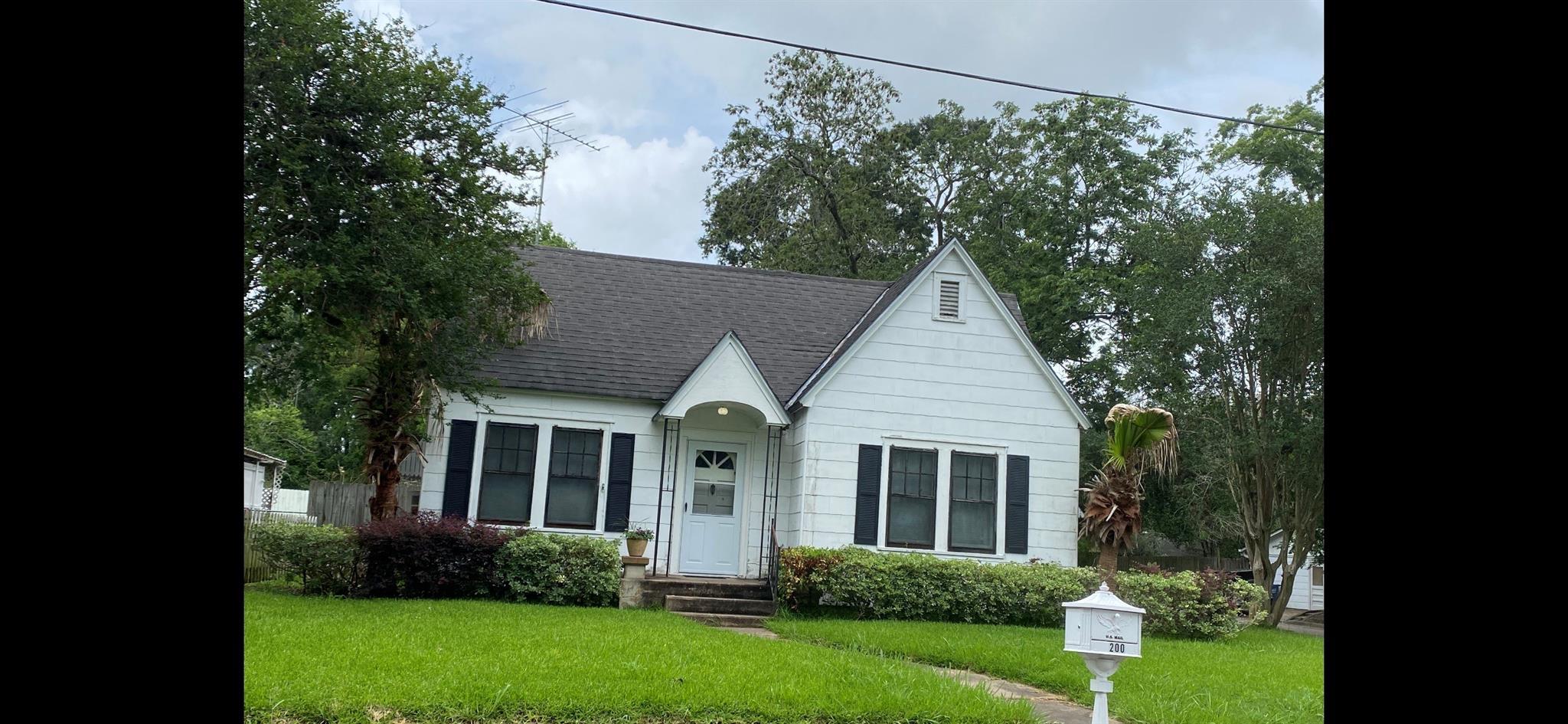 200 W State Street Nw Property Photo