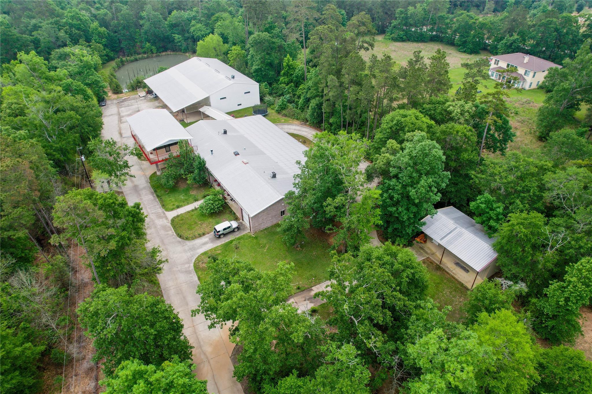 9800 Ramzi Drive Property Photo