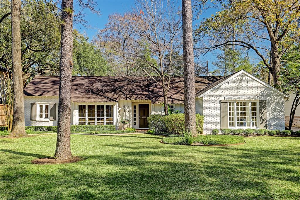 726 Country Lane, Hunters Creek Village, TX 77024 - Hunters Creek Village, TX real estate listing