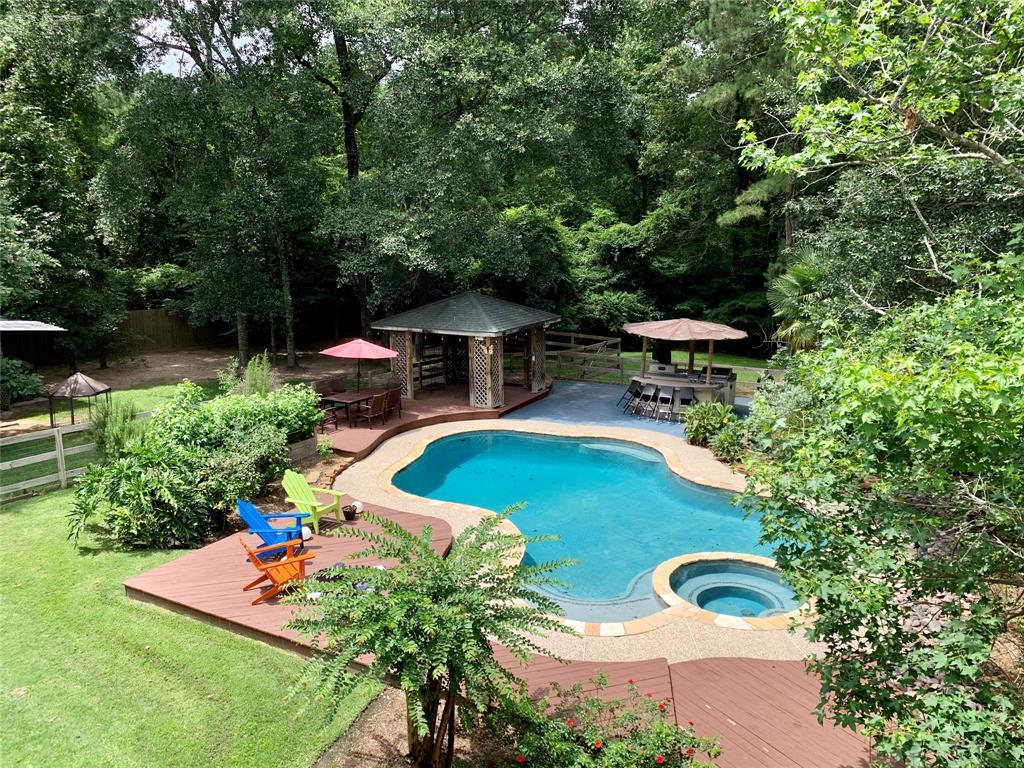 11777 Creek View Lane Property Photo - Conroe, TX real estate listing