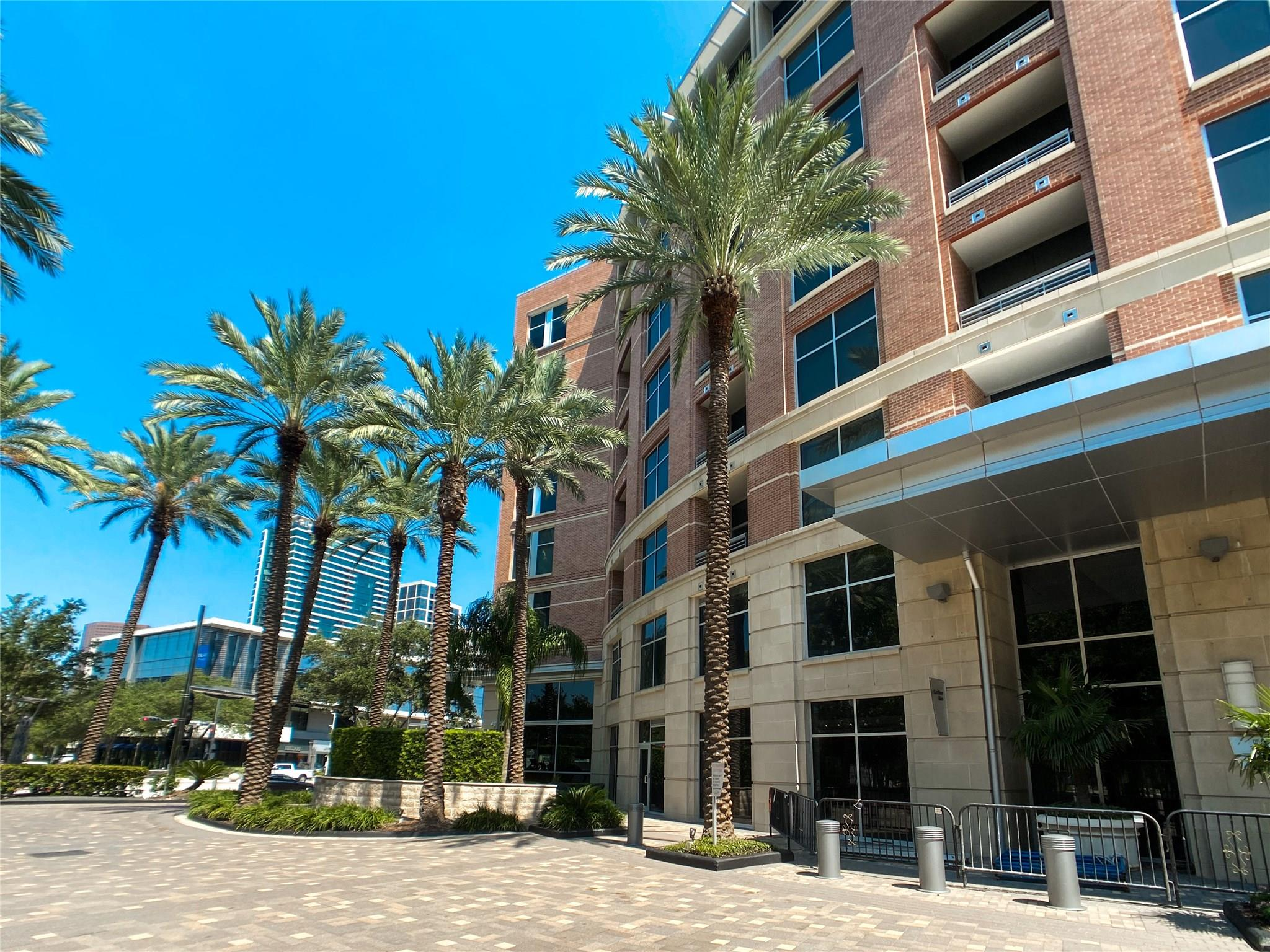 1901 Post Oak Boulevard #3501 Property Photo
