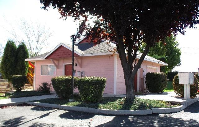 405 Nicka Street Property Photo - Grandview, WA real estate listing