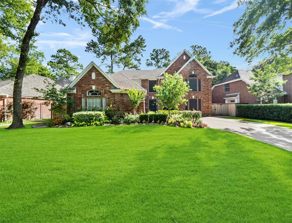 9118 Woodwind Lakes Drive Property Photo - Houston, TX real estate listing