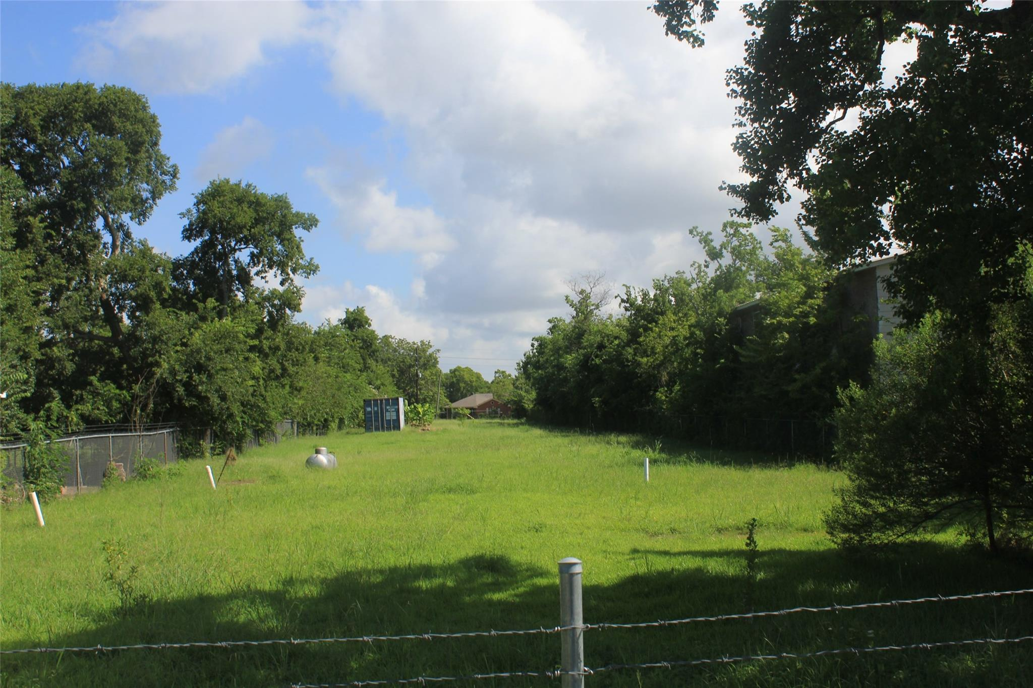 639 1/2 Coen Road Property Photo