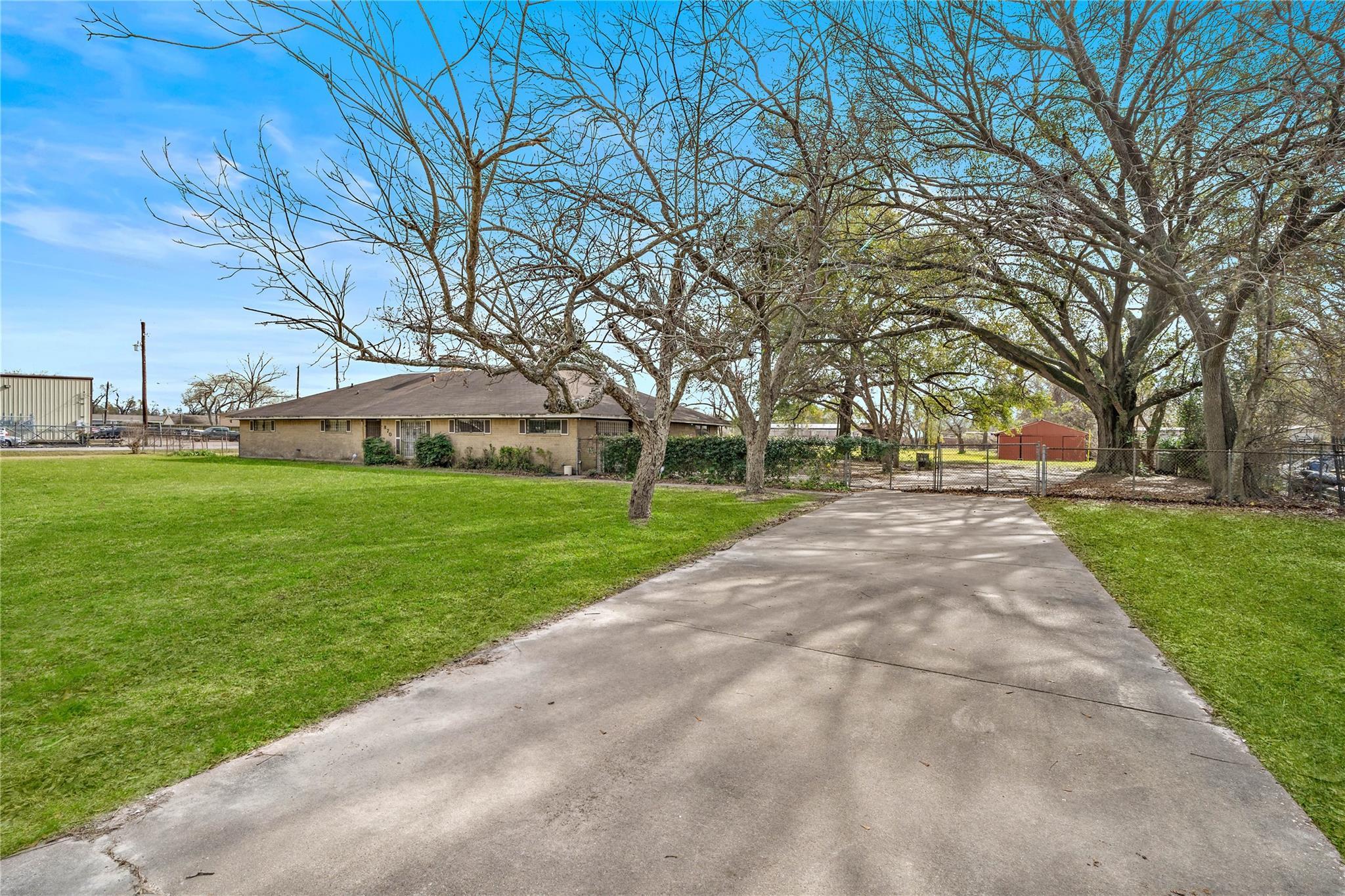 870 Corvette Lane Property Photo - Houston, TX real estate listing