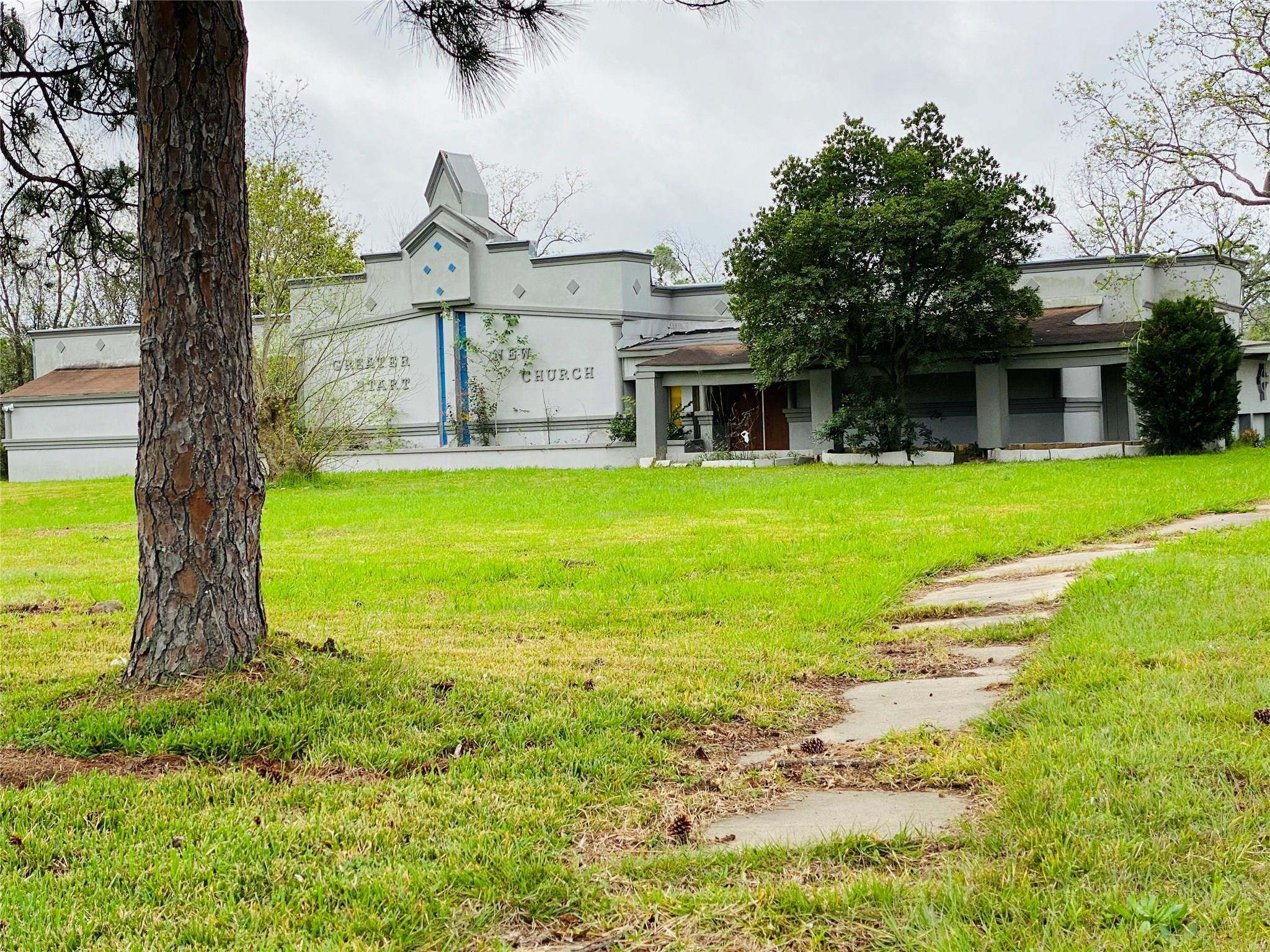 5834 Bellfort Street Property Photo