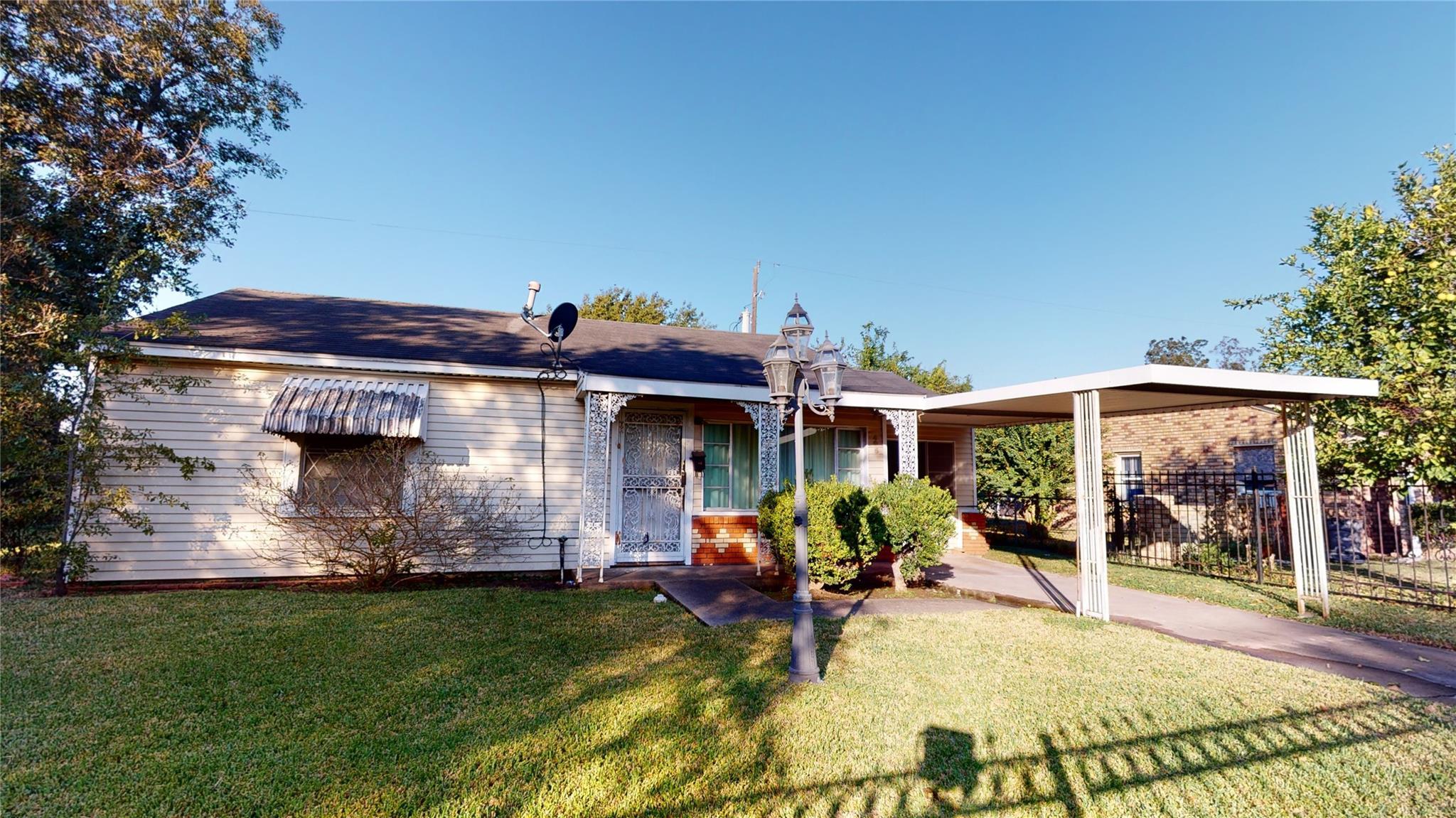 405 Bank Drive Property Photo - Galena Park, TX real estate listing
