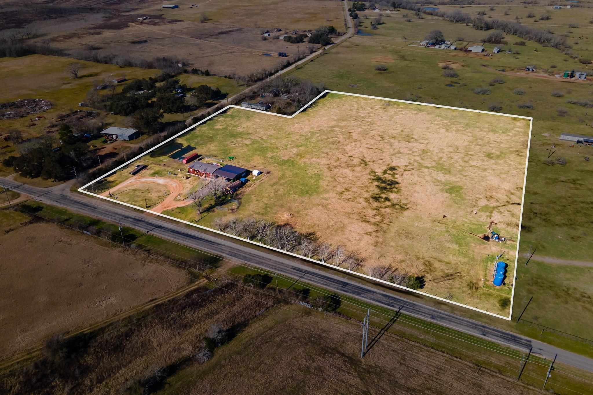 3518 Oil Field Road Property Photo