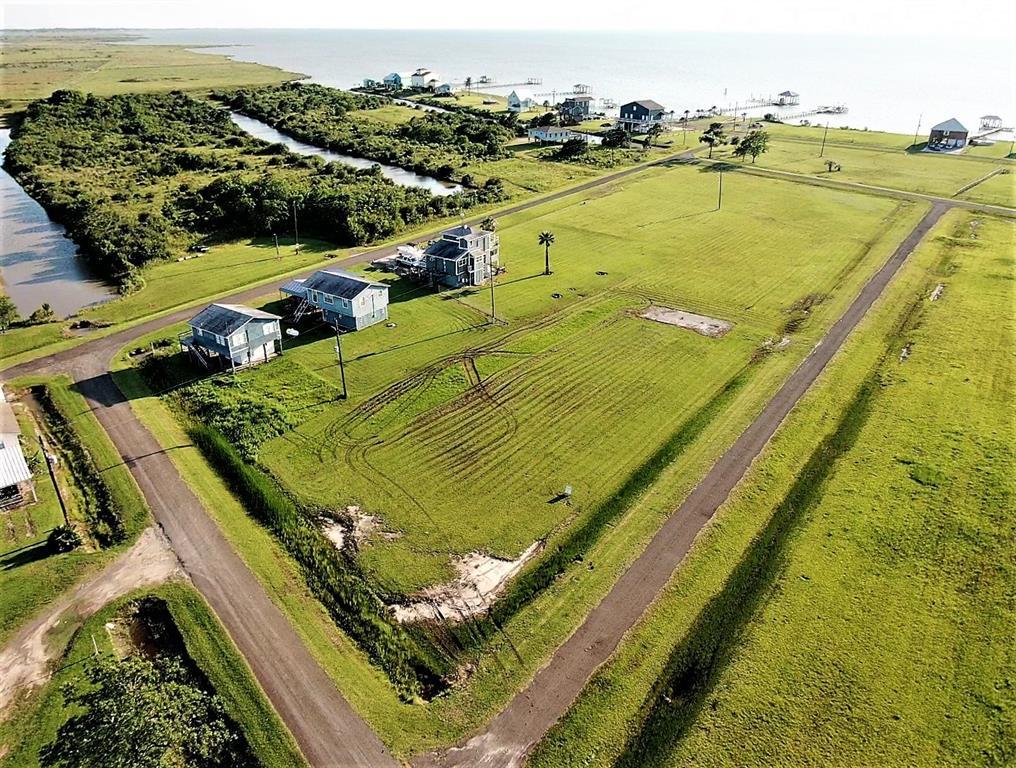 0000 MockingBird Lane Property Photo - Smith Point, TX real estate listing