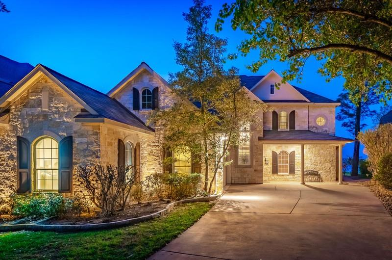 153 Fairwater Drive Property Photo
