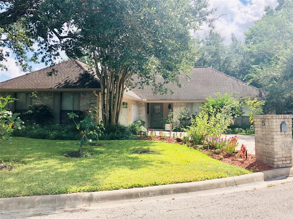 5 Pheasant Run Lane, Bay City, TX 77414 - Bay City, TX real estate listing