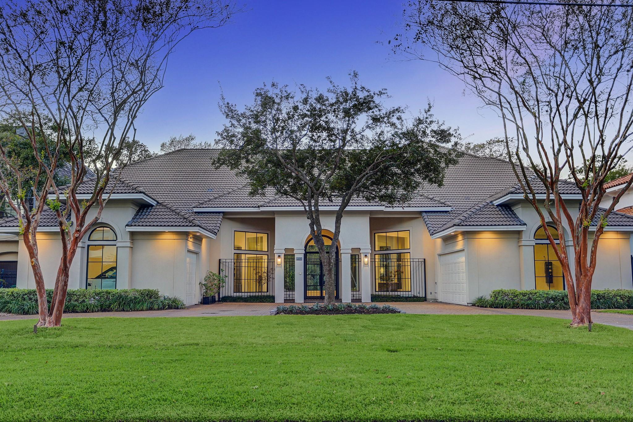 205 Glenwood Drive Property Photo - Houston, TX real estate listing