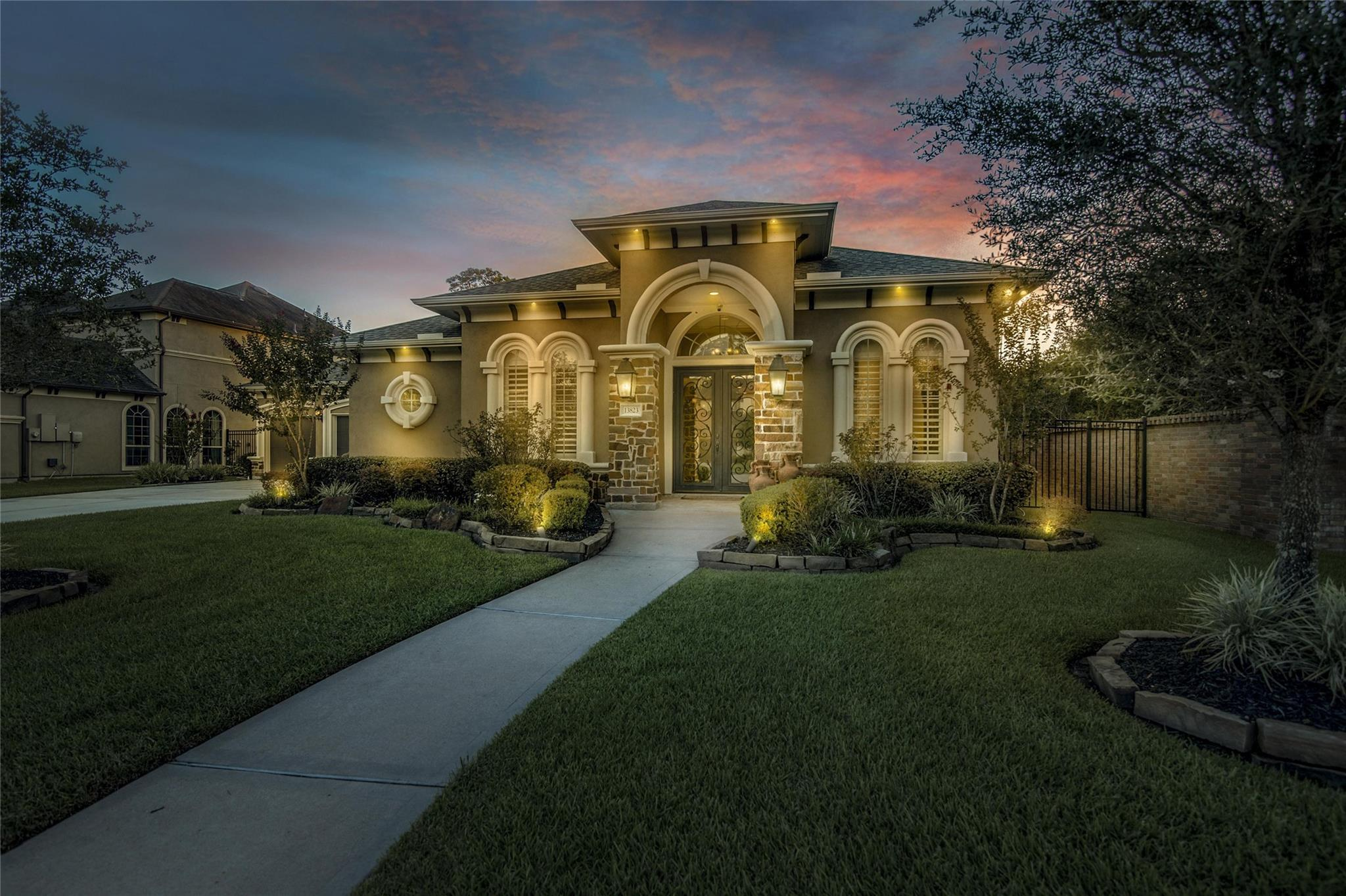 13823 Cole Point Drive Property Photo - Humble, TX real estate listing