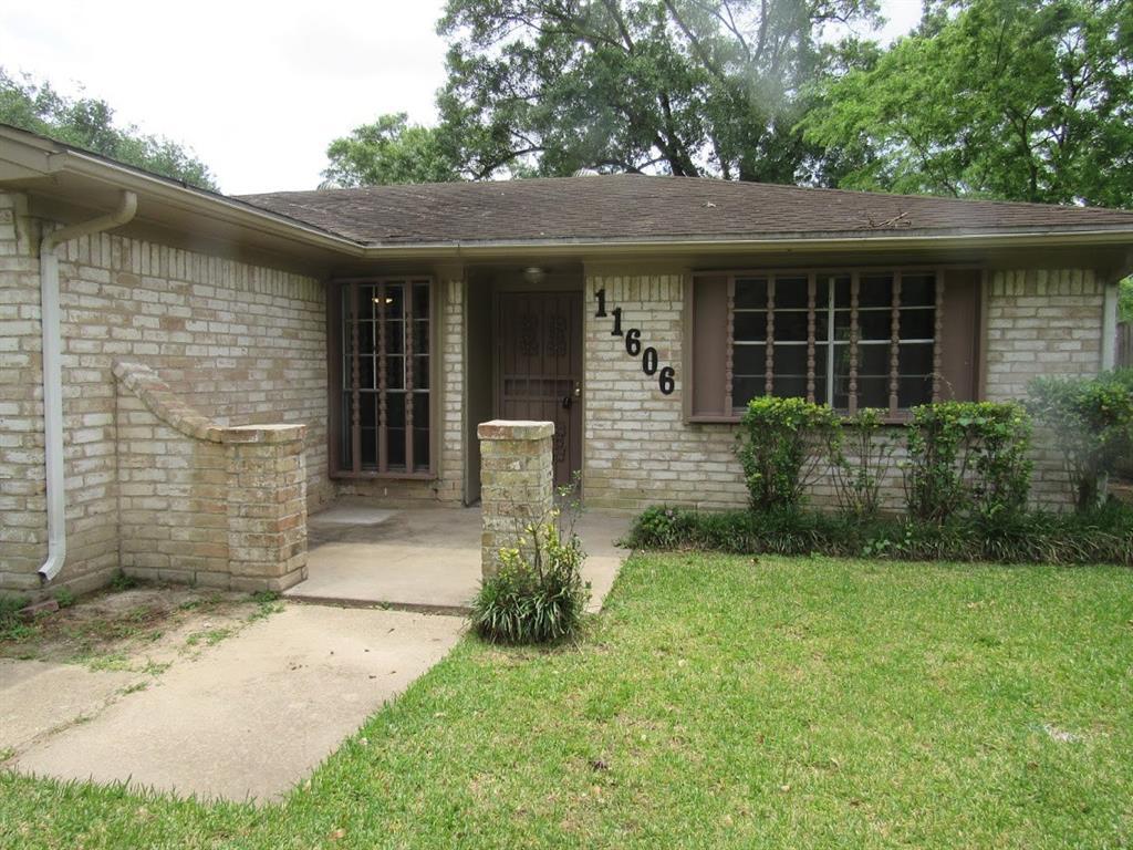 11606 Wood Shadows Drive, Houston, TX 77013 - Houston, TX real estate listing