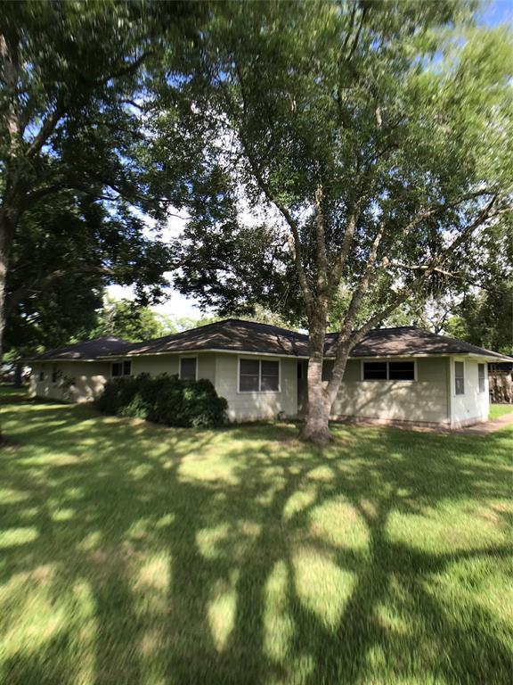 1201 S Third Property Photo - Ganado, TX real estate listing