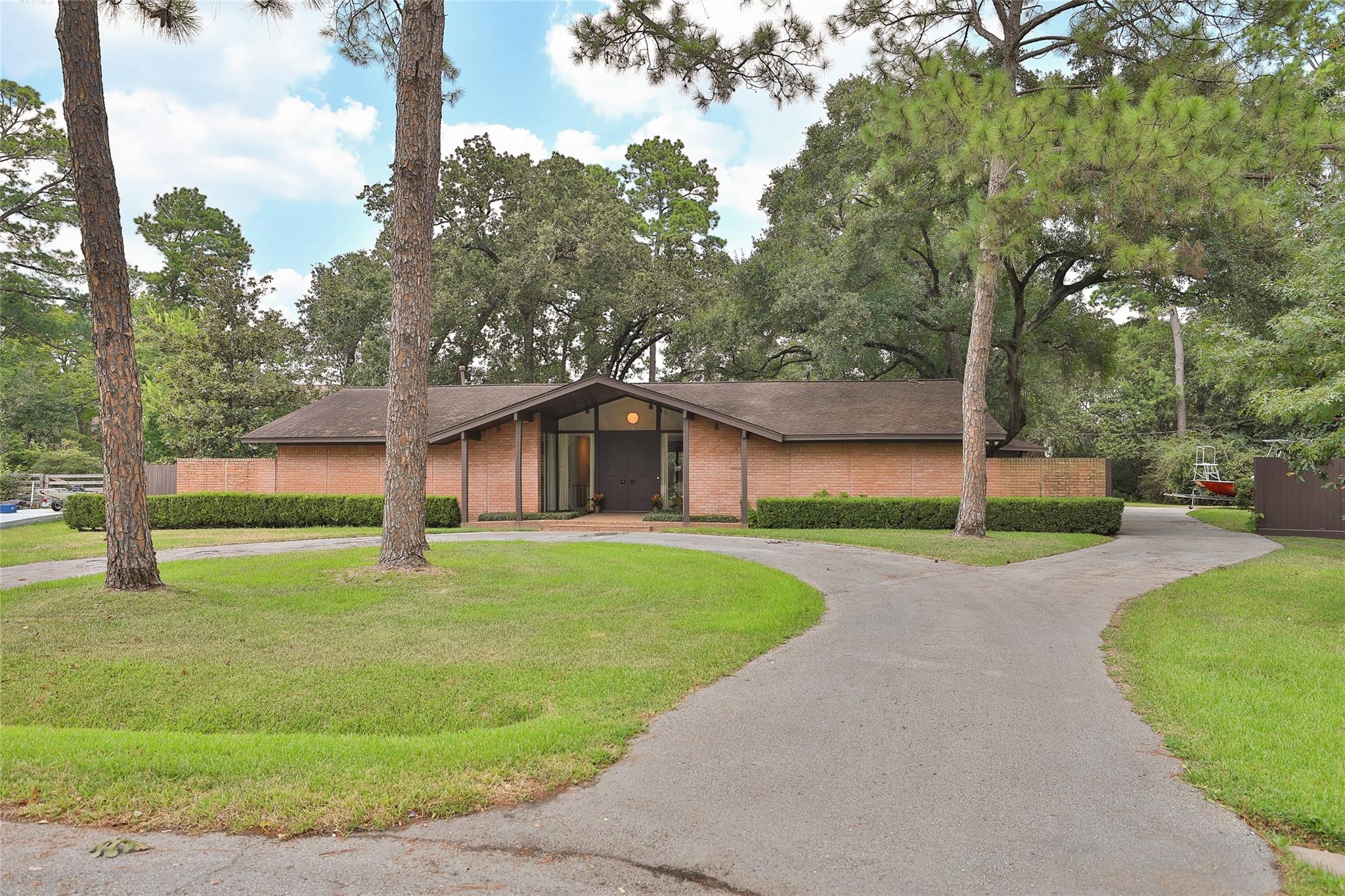 30 Hedwig Circle Property Photo - Hedwig Village, TX real estate listing