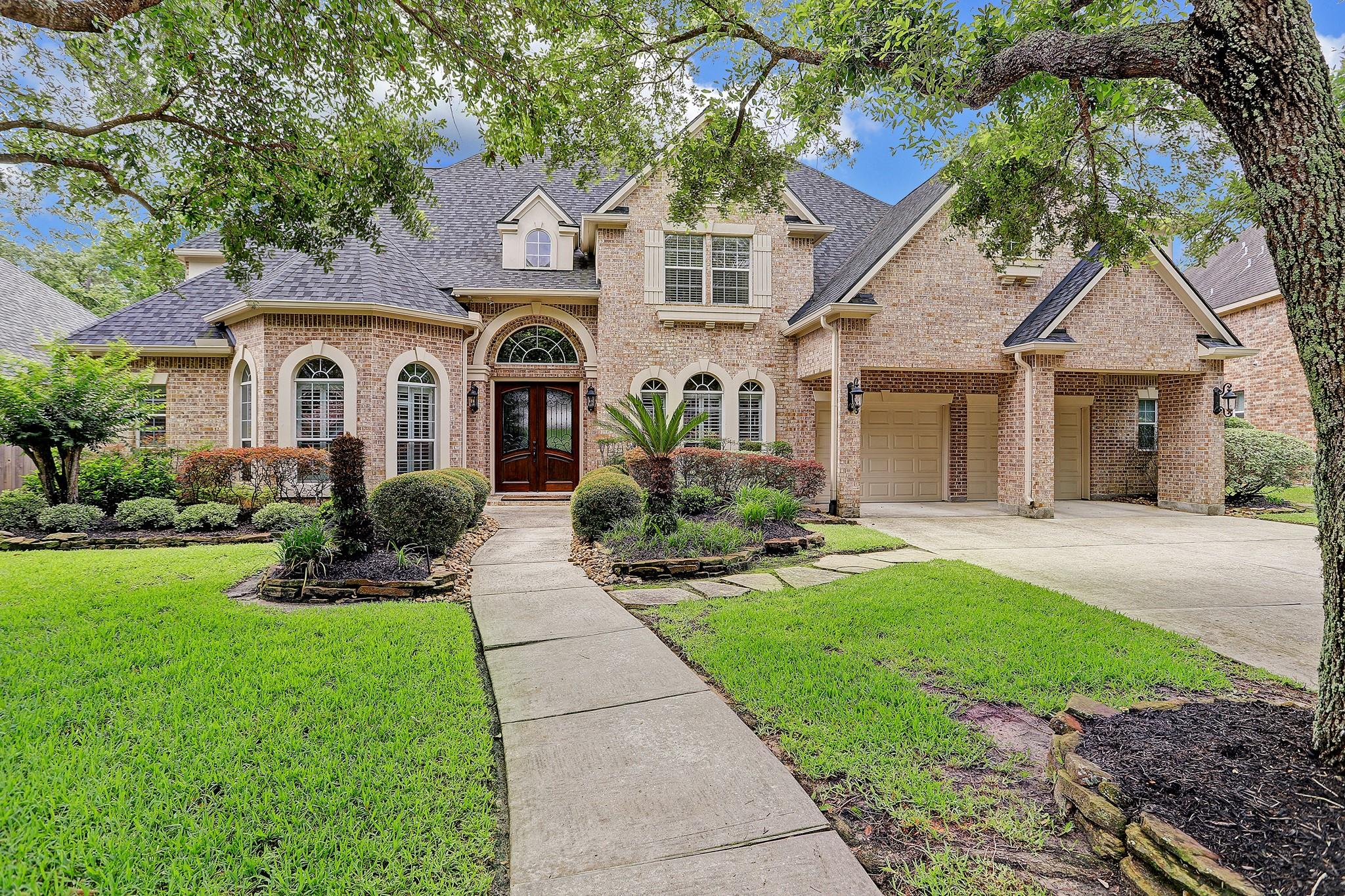 14315 Norhill Pointe Drive Property Photo