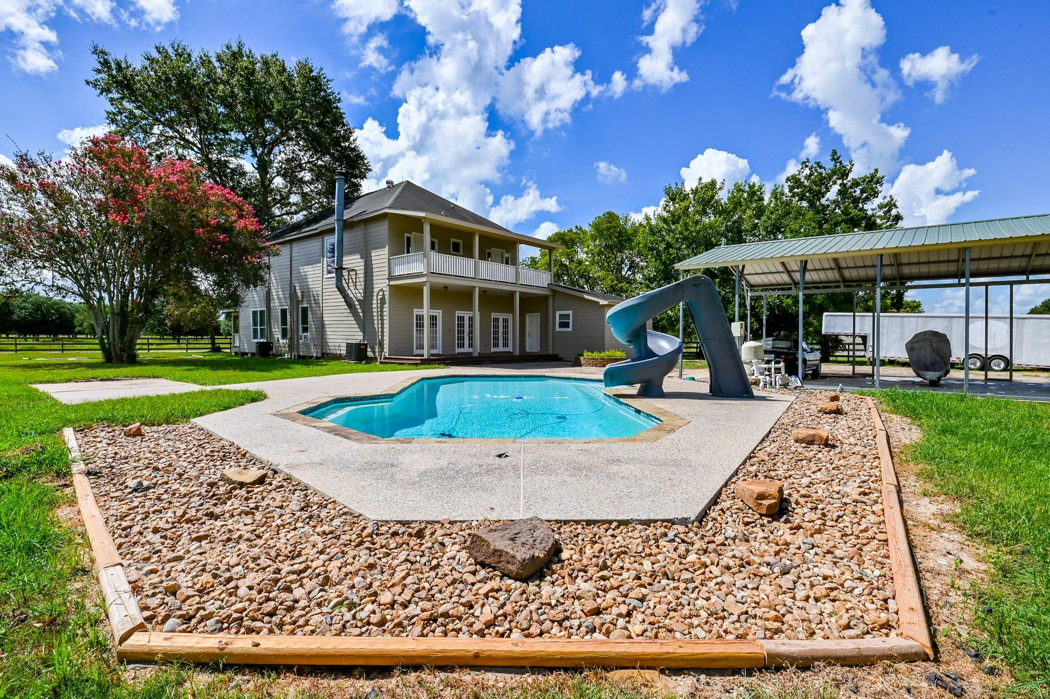 4239 Sterling Road Property Photo