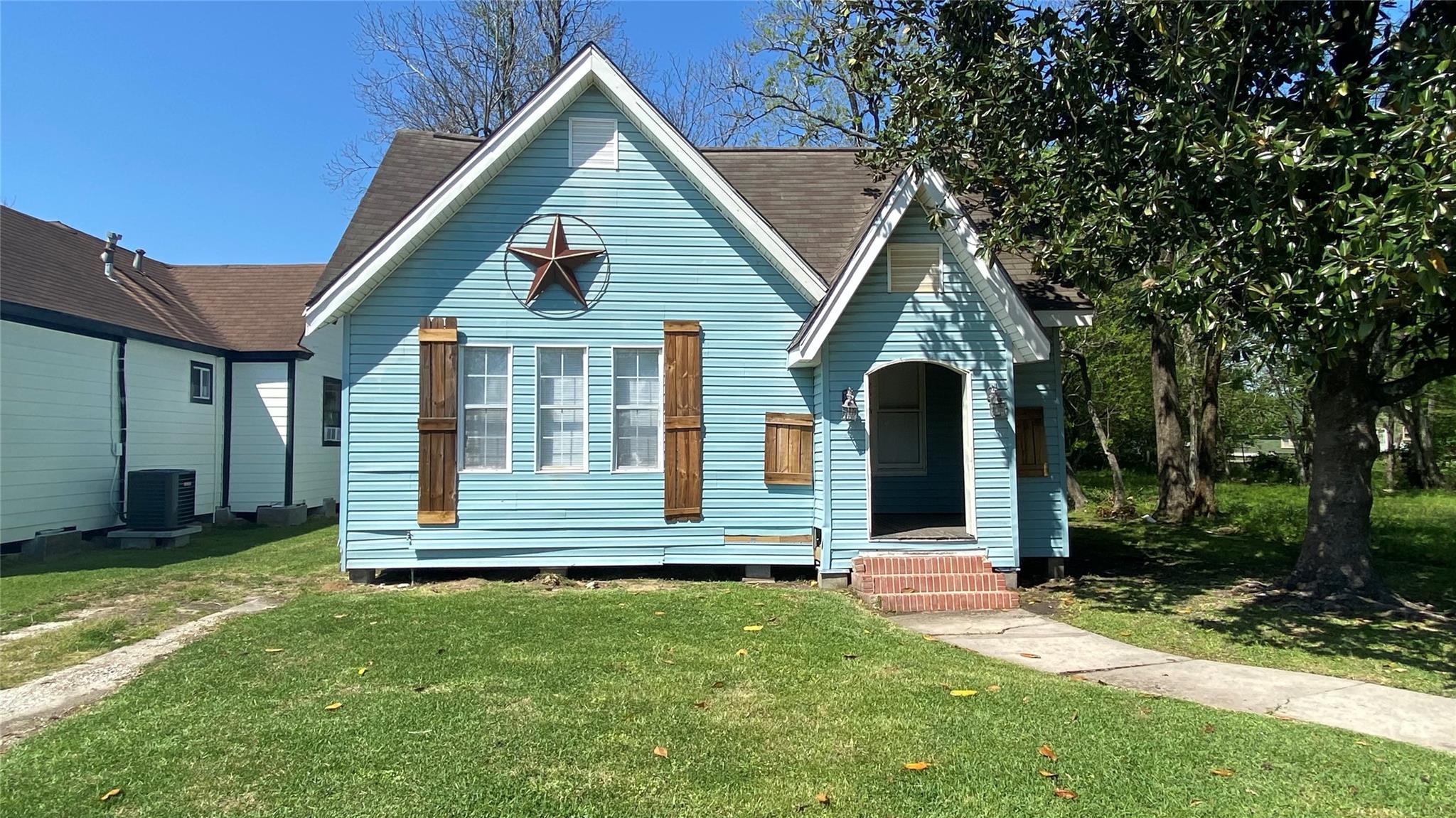 2546 Rusk Street Property Photo