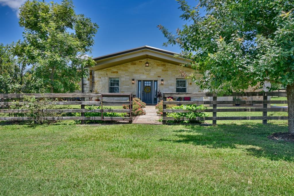 10960 Dierking Road, Brenham, TX 77833 - Brenham, TX real estate listing